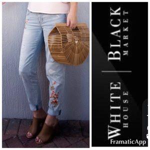 White House black market jeans size 6 girlfriend